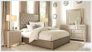 Light Wood Queen Bedroom Sets Wood Queen Bedroom Sets Traditional ...
