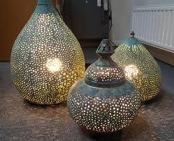 Deze Prachtige Marokkaanse Tafellamp Is Op Traditionele Wijze Met De