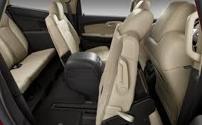 Car Picker - chevrolet Traverse interior images