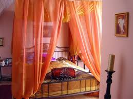 Indian Bedroom Decor 17 Best Ideas About Indian Themed Bedrooms On Pinterest Orange