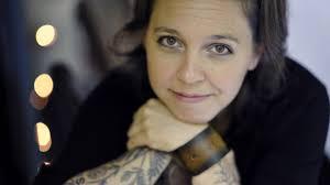 скачать 1920x1080 Erin Mckeown девушка тату руки лицо обои картинки