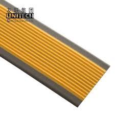 Eine treppe mit vinylboden zu verkleiden: Treppenkanten Pvc Bodenbelag Zubehor Treppe Kantenschutz Buy Treppenkanten Anti Slip Treppenkanten Austic Treppenkanten Product On Alibaba Com