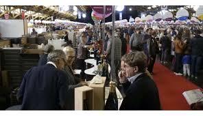 rhône le salon des vignerons indépendants de lyon une gigantesque cave à vins