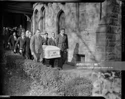Pallbearers Lorenzo Hill, Elmo Washington, George Poe, Byron Peters,...  News Photo - Getty Images