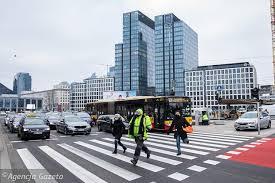 2021 rokiem zmian w ruchu drogowym. O nowych przepisach powinien wiedzieć  każdy kierowca | Biznes na Next.Gazeta.pl