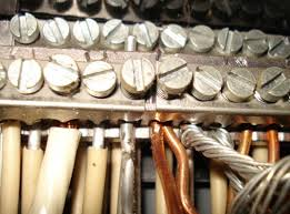 inspecting aluminum wiring internachi electrical systems aluminum and copper wiring each metal clearly identifiable by its color