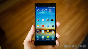 BLU Life Pure XL review: well priced ...