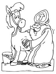 Kleurplaat Sinterklaas Verzorgt Zijn Paard Kleurplatennl