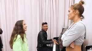 Happy birthday my lil beautiful coconut. Hija De Jennifer Lopez Y Marc Anthony Sorprendio Cantando As Usa