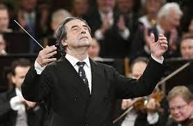 Riccardo Muti 80: Schlagfertiger Musik-General - Kultur - Stuttgarter  Nachrichten