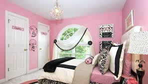 chandelier girls bedroom