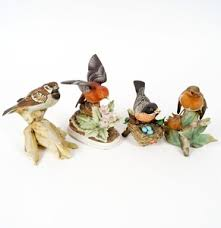High Quality Lot 17DEN145 318: Porcelain Bird Figurine Collection