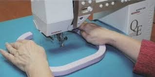 Sewing Machine For Free Motion Quilting
