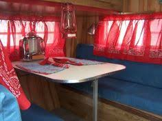 another look at the cer dining table notice the tabletop juke box red lattern