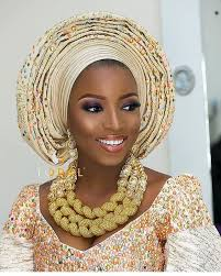 saay s are for nigerian weddings or watching nigerian traditional bridal makeup tutorial lol this particular video gained over 2 5 million views on