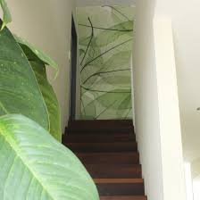 Behang Op Maat Prachtige Print In Een Huis Met Veel Planten