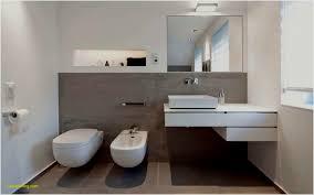 Badezimmer Mit Eckwanne Eckbadewanne Bilder Ideen Couch Bodengleiche