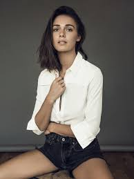 NOELLE SMITH | Wilhelmina