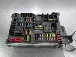 power dist junction block fuse & relay box trunk 693168704 oem bmw 2009 bmw x6 fuse box diagram power dist junction block fuse & relay box trunk 693168704 oem bmw x6