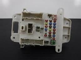 01 05 toyota rav4 cabin fuse box oem 82740 42030 image is loading 01 05 toyota rav4 cabin fuse box oem