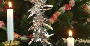 How to Make Tin Foil Christmas Ornaments