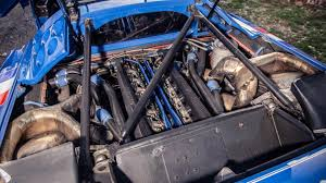 Depending on the model and configuration, the engine provided between 560 and 610 hp, the power is transmitted permanently on all four wheels. Topgear On The Road In Bugatti S Eb110 Le Mans Car