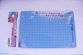 DAISO 22.5cm x 15cm CUTTING MAT for all kinds of craftwork ... & DAISO 22.5cm x 15cm CUTTING MAT for all kinds of craftwork - quilting,  cardmaking, decoupage, scrapbooking from gooddealsinthebox on Etsy Studio Adamdwight.com