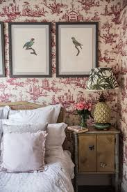 London Wallpaper Bedroom A Country Style Apartment In The Heart Of London