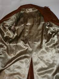 vintage 1970s lakeland cowhide leather trench coat inside view