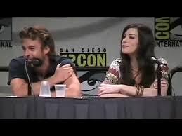 Liv Tyler still speaks Elvish - video ...