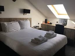 review of oak royal hotel