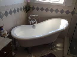 ... Beautiful Bathroom Design And Decoration Using 4 Foot Bathtub :  Outstanding Image Of White Bathroom Decoration ...