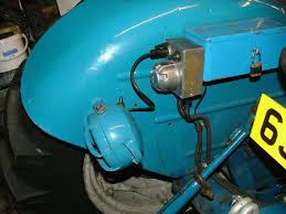 fordson dexta wiring for road use vintage tractor engineer fordson dexta plough lamp