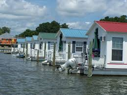 Small Picture Small Houseboat Living Deltaville Vignettes Aqua Lodge A Rich