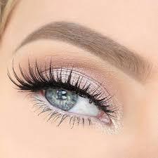 Light Pink And Blue Eyeshadow Light Pink Makeup Eyes Peinados Para Mis 15 Soft