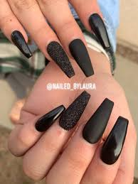 Coffin Black Nail Designs Black Coffin Nails In 2019 Black Nails With Glitter Black