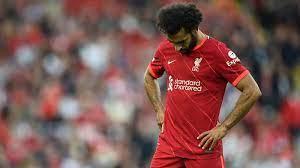 ديلي إكسبريس: محمد صلاح قد يواجه مصير كوتينيو مع ليفربول