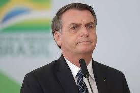 Ainda com sonda, Bolsonaro deve reassumir Presidência na sexta