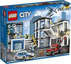 <b>Конструктор LEGO</b> City 60141 <b>Полицейский участок</b>
