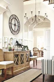 Decorating High Ceiling Walls Best 25 High Ceiling Decorating Ideas On Pinterest High