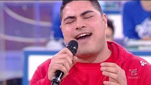 amici 11-ruben mendes.jpg Ruben Filipe Mendes Dos Santos Felizardo, concorrente di Amici 11, è un cantante. E' entrato a far parte della Squadra Gialla che ... - amici%252011-ruben%2520mendes