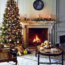 living room decorations pictures. classic-christmas-living-room-with-tree-and-garland living room decorations pictures