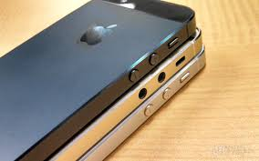 iphone 5s gold leak. meanwhile the iphone 5s in gold does not have its top and bottom glass (or plastic) panels attached. these will clue you on how back-facing iphone 5s leak f