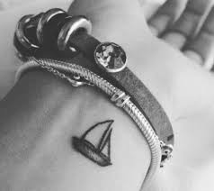 Le Migliori Idee Per Tatuaggi Piccoli Per Donne E Uomini Dillingerit