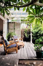For the under-utilised west-facing garden, a landscape gardener suggested