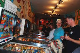 Pinball and Pints Pours in Fans | Alameda Sun