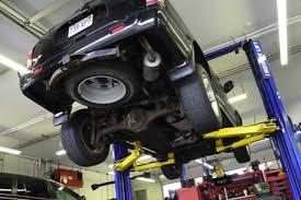 Aumento del costo della revisione delle auto e delle moto