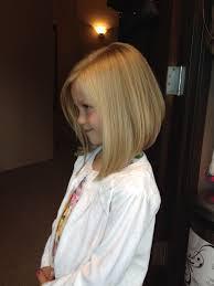 Little Girls Haircut Angled Bob Haar Kinderen Kapsel Kapsels