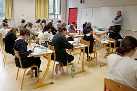 For French Students A High School Alternative That Offers