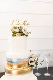 over our 70 years we have been a part of over 100 000 wedding memories by creating personalized wedding cakes in houston tx